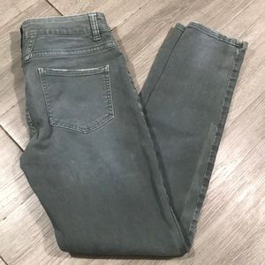 Closed Pedal-X Anthro. Mid-Rise Crop Skinny Jeans